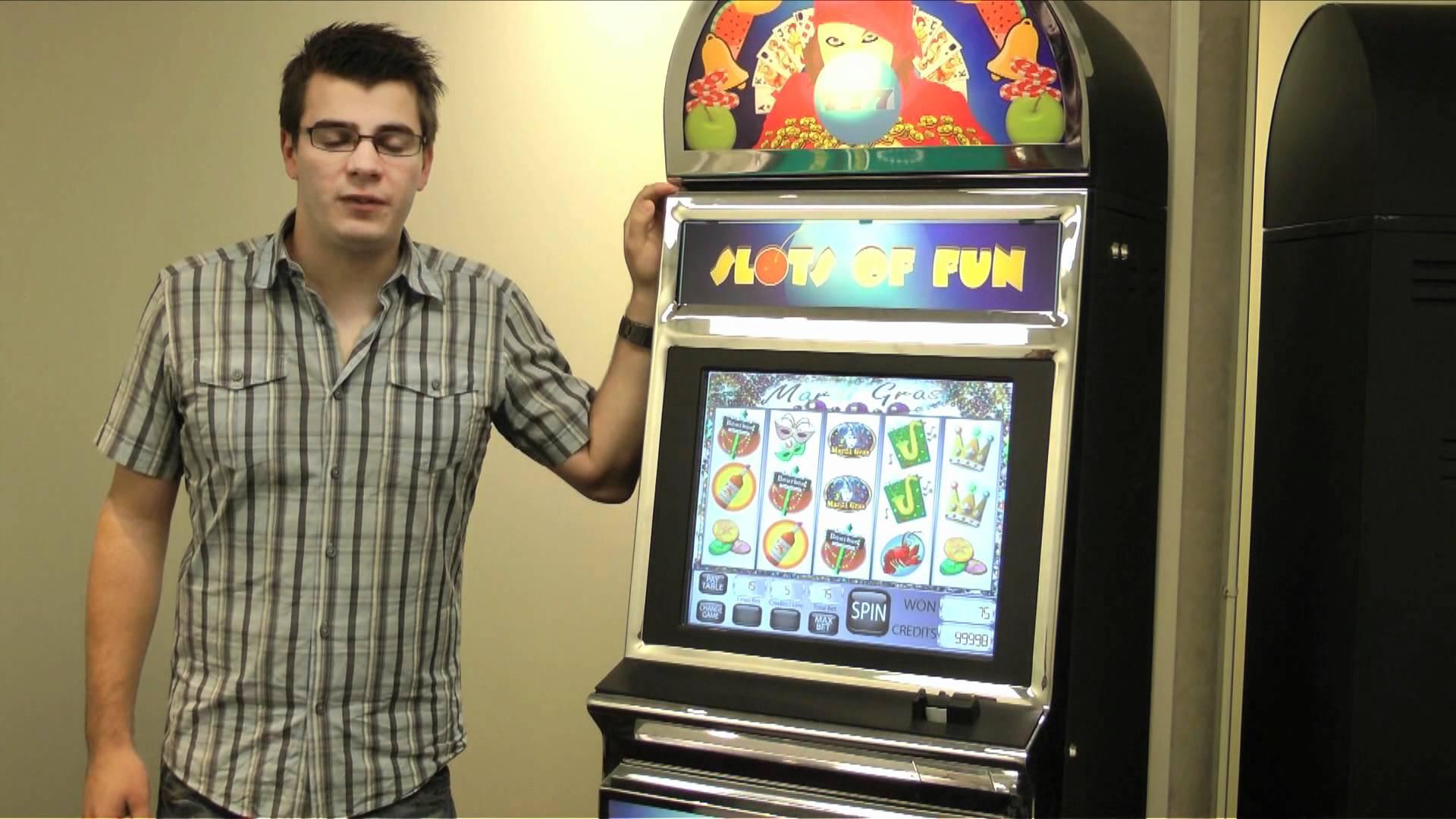 Thumbnail for: Grad Student Explains Research at Carleton's Gambling Lab